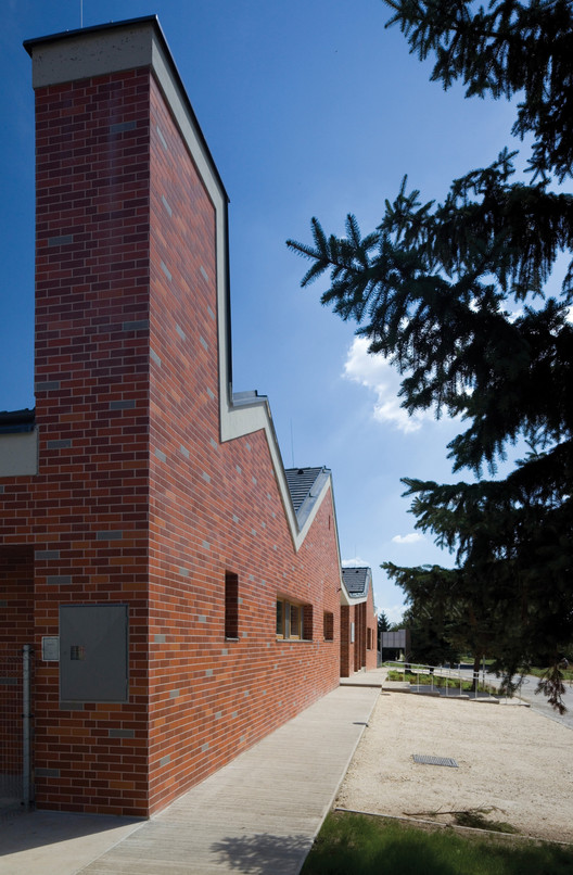 Daycare in Zsámbék / Foldes Architects, © Tibor Zsitva