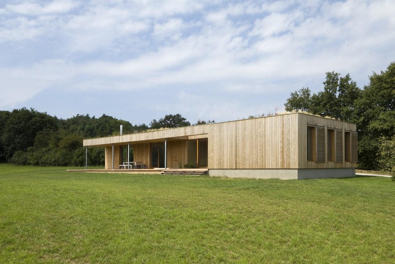Weekend house in Buš / Markéta Cajthamlová