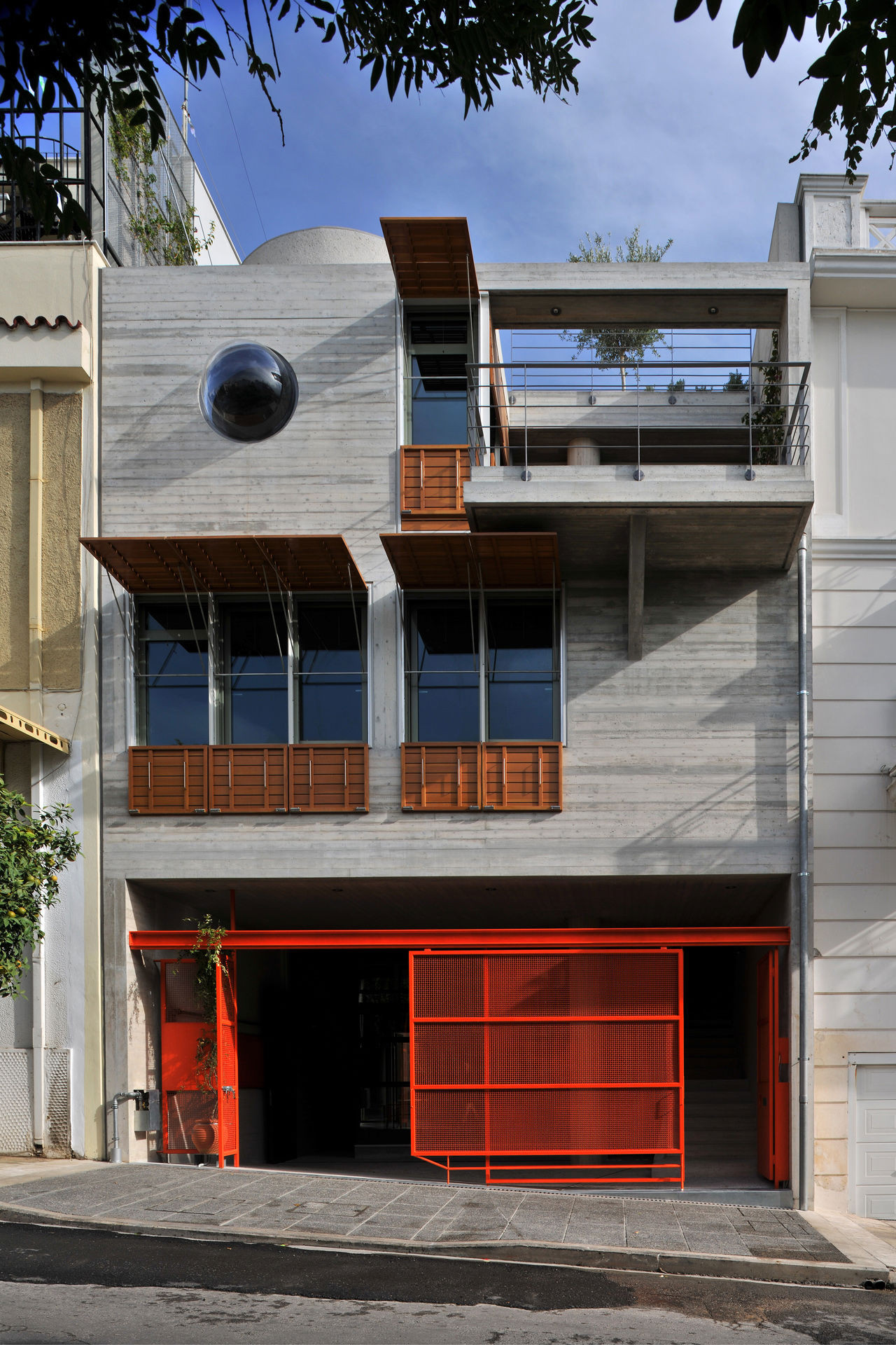 The House Box In Koukaki / Sofia Tsiraki