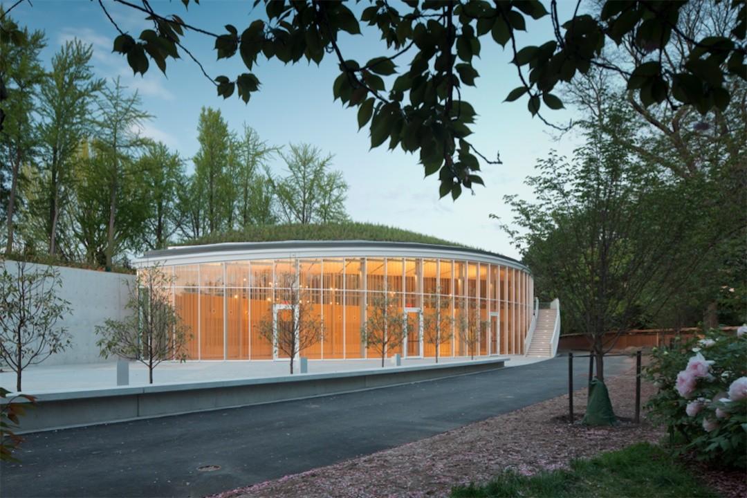 Gallery of Brooklyn Botanic Garden Visitor Center Weiss