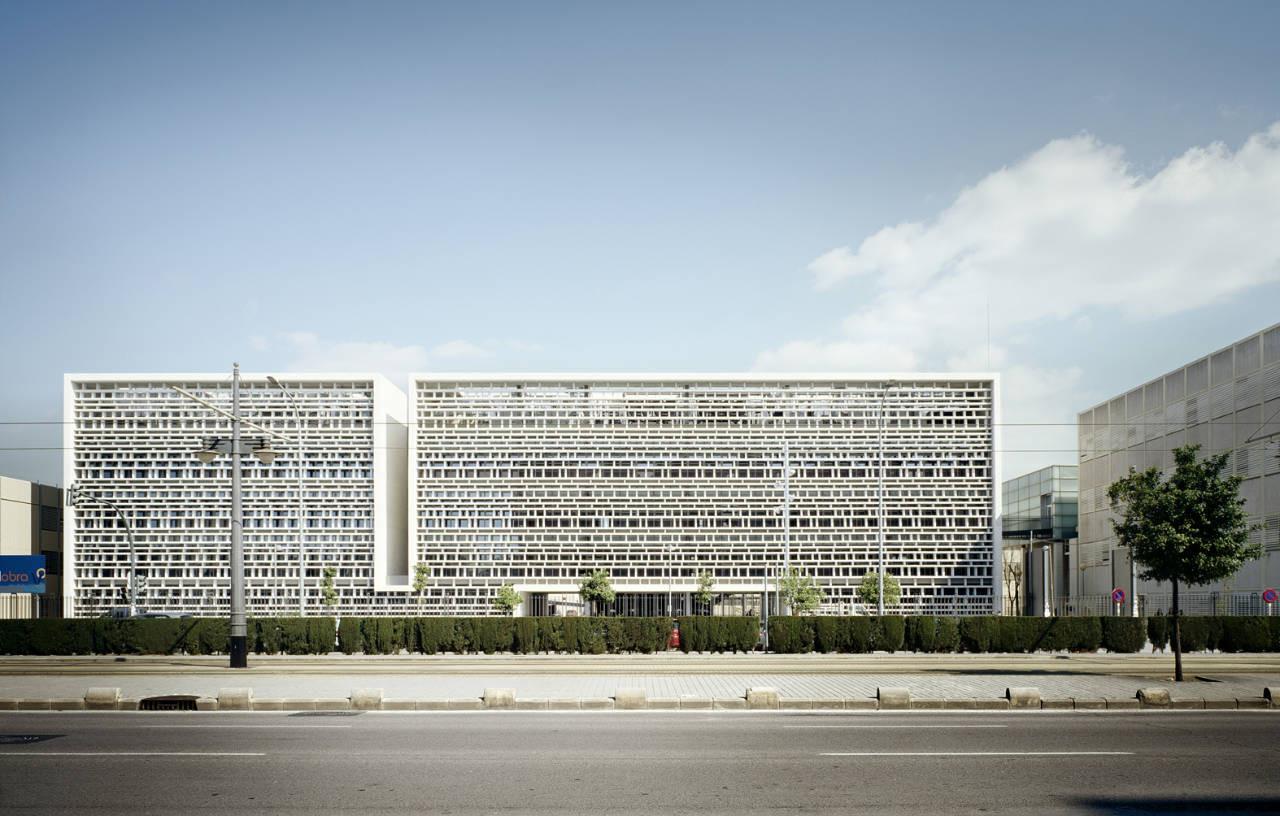 Universidad politecnica de valencia expansion corell for Arquitectos valencia