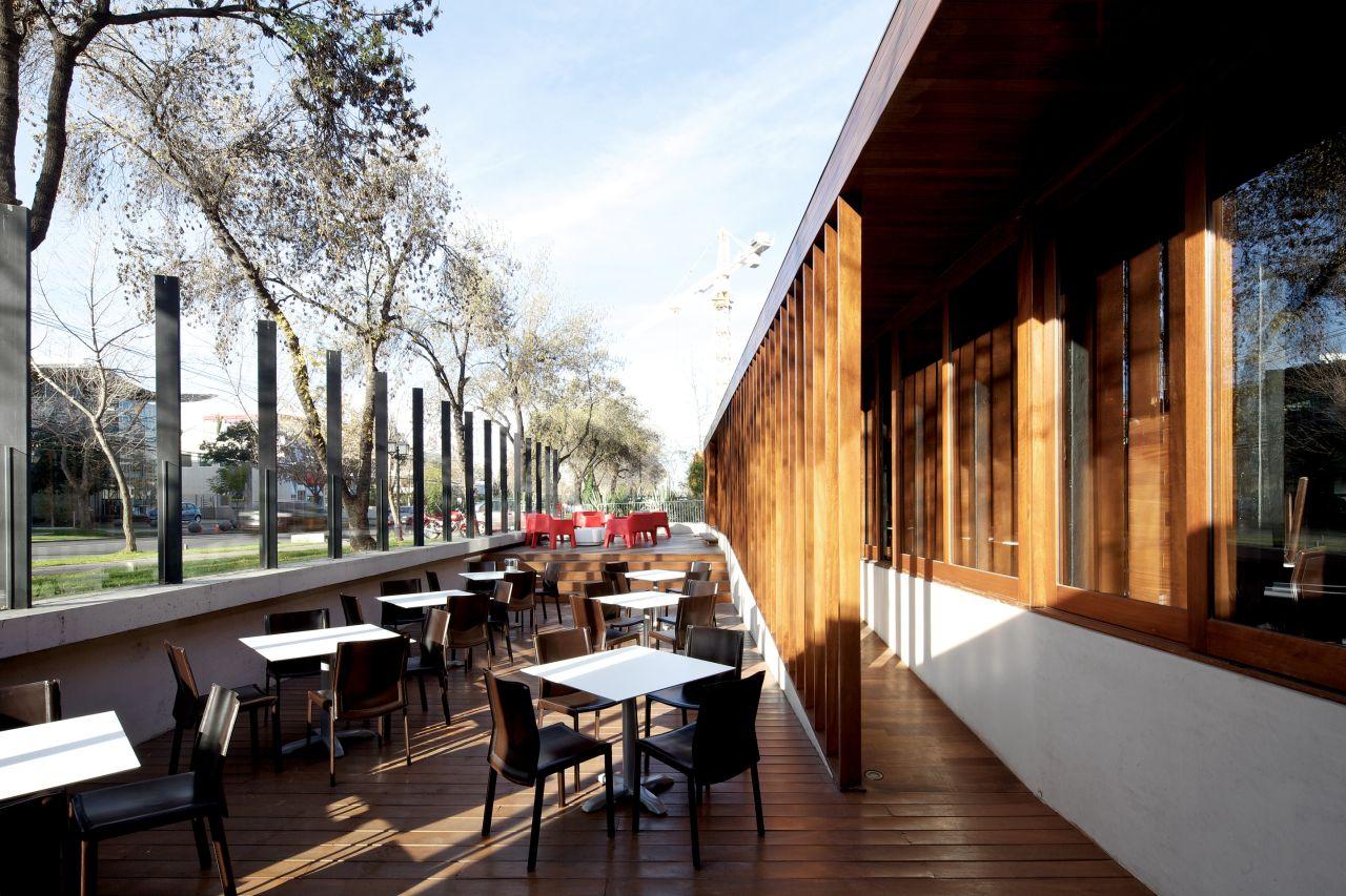 Cumarú Restaurant  / Gonzalo Mardones Viviani