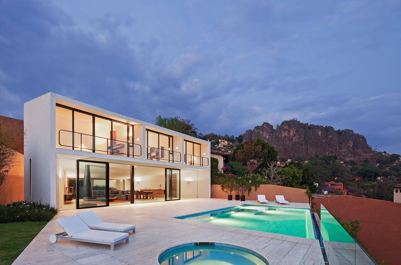Casa la Roca / Parque Humano