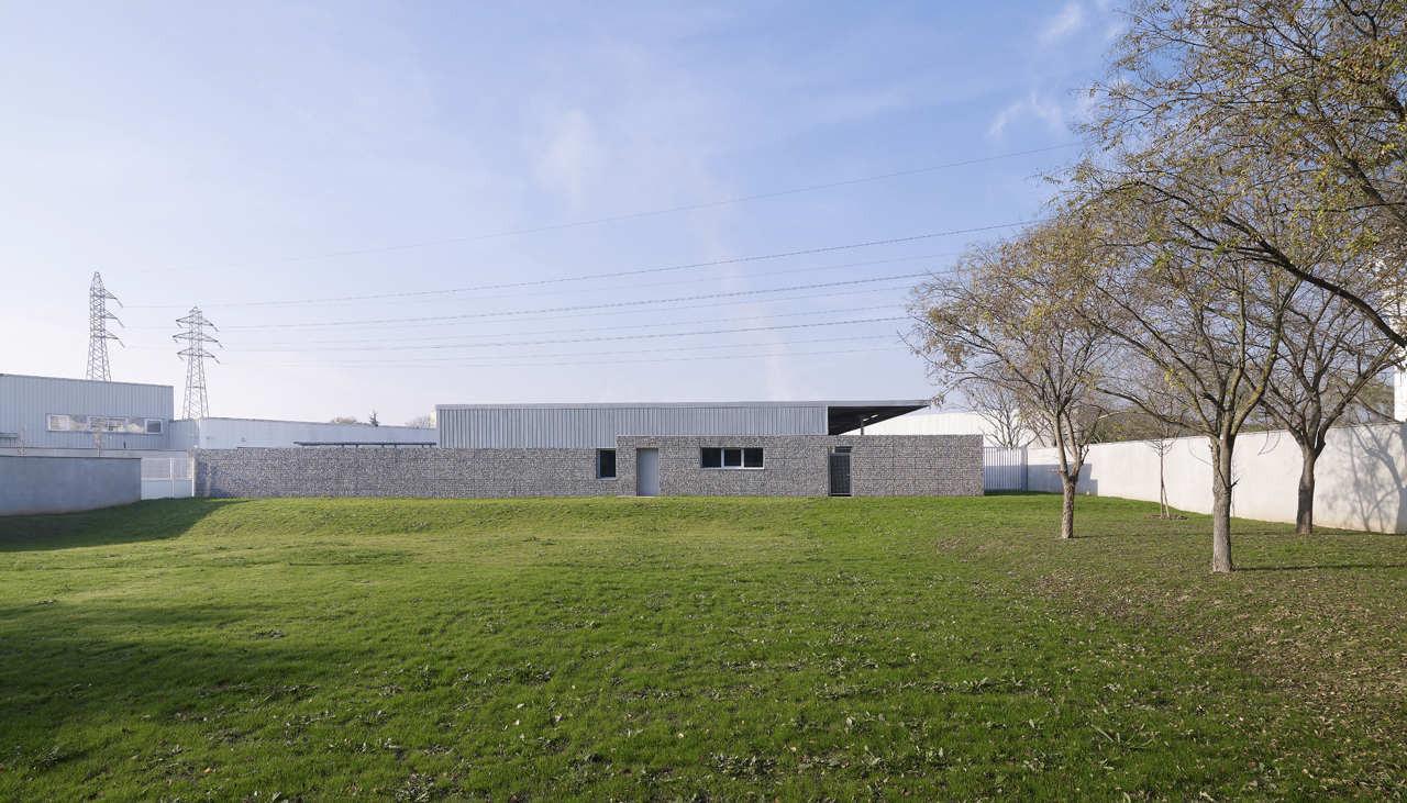 Canine Brigade / TRANSFORM + DS architecture, © Julien Lanoo