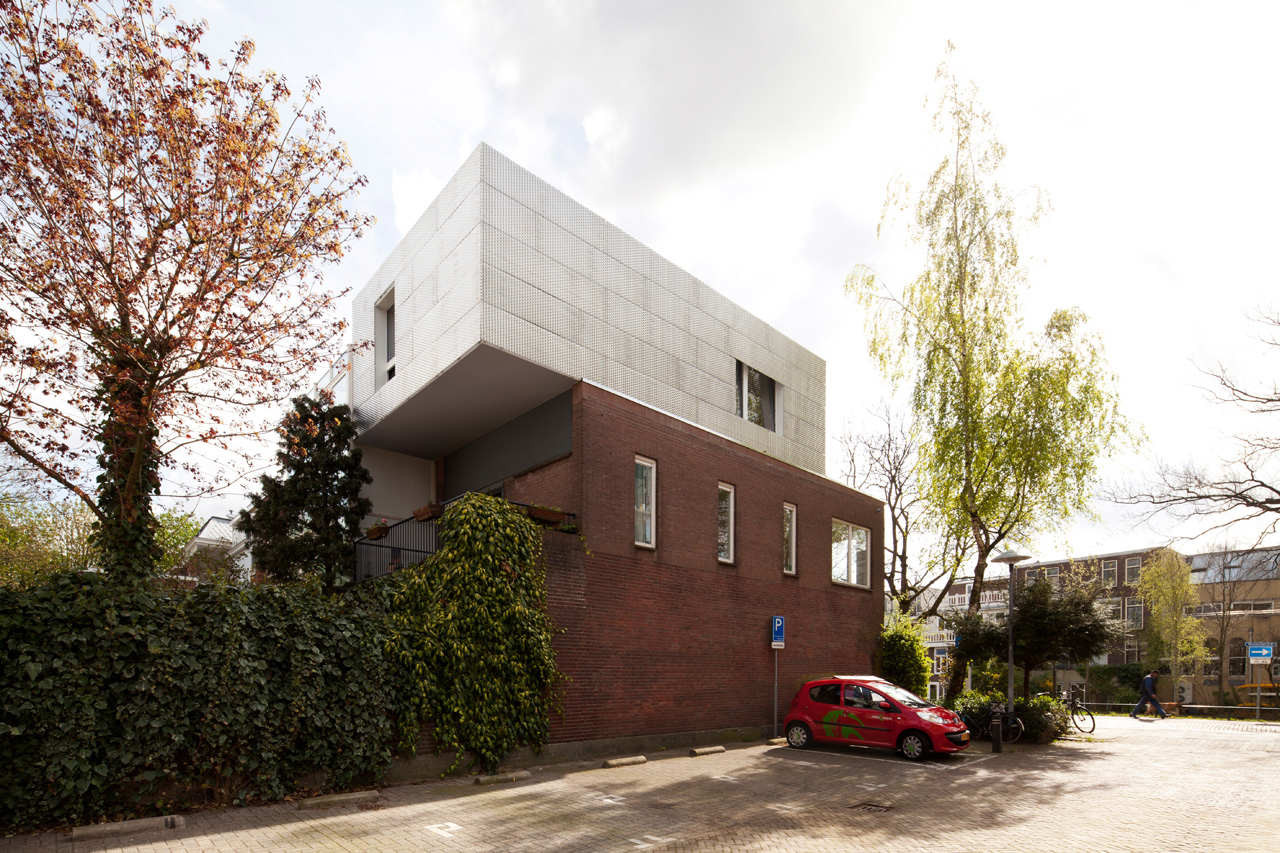 Lighthouse / BYTR Architects, © Ossip van Duivenbode