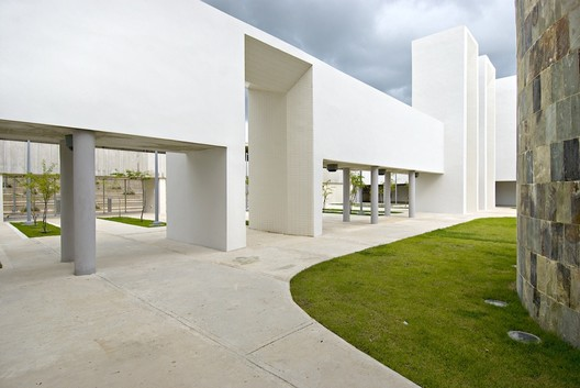 Courtesy of  fuster + partners architects