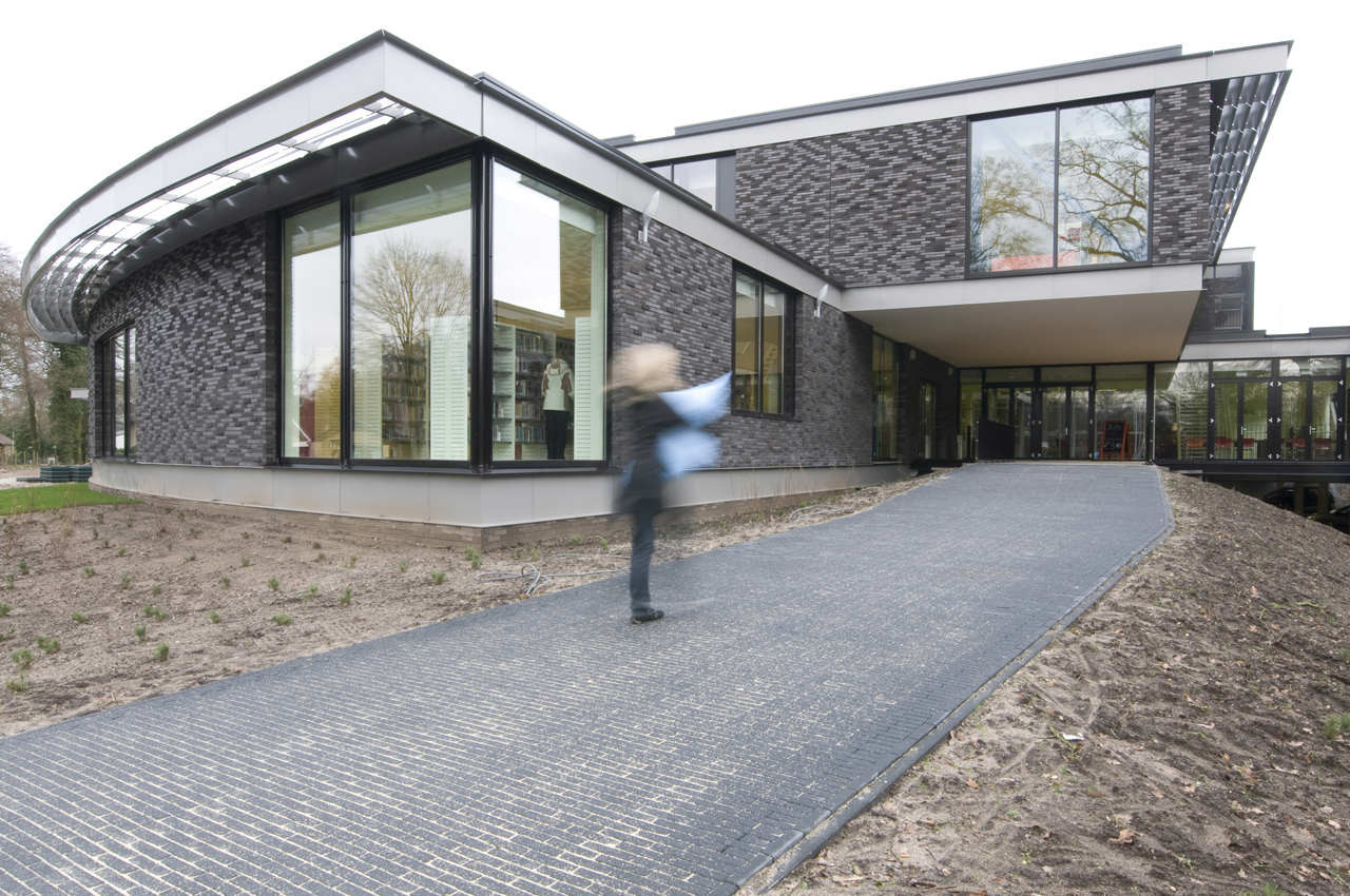 Multifunctional Building / BDG Architects, © BDG Architecten