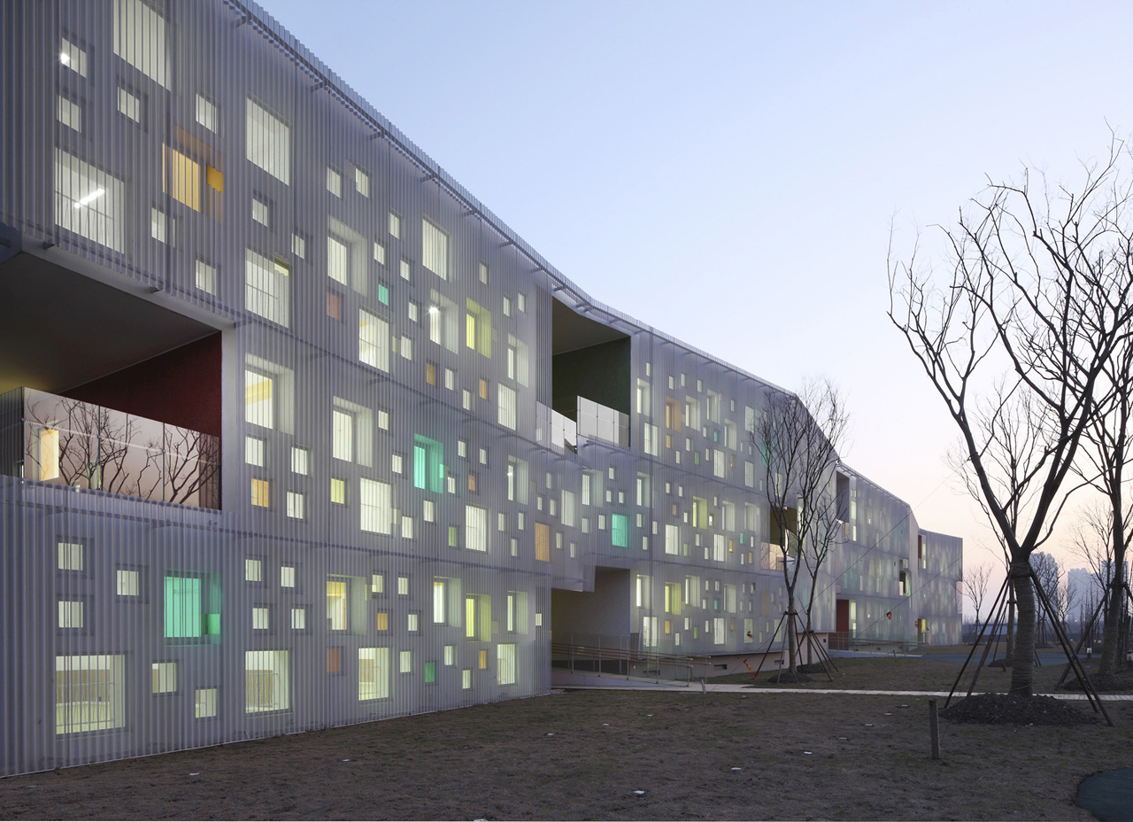 Kindergarten of Jiading New Town / Atelier Deshaus, © Shu He