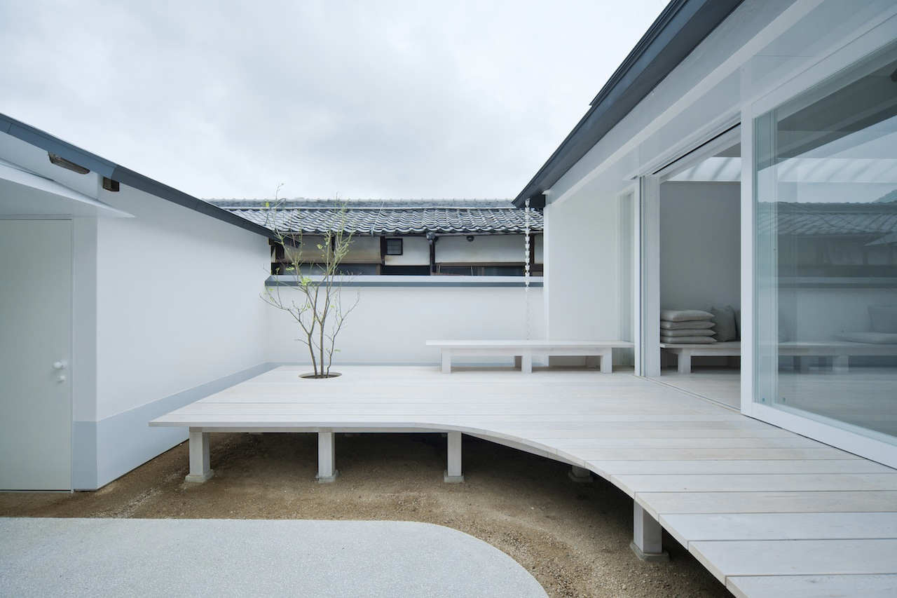White Dormitory For Il Vento / Koichi Futatsumata, © Hiroshi Mizusaki