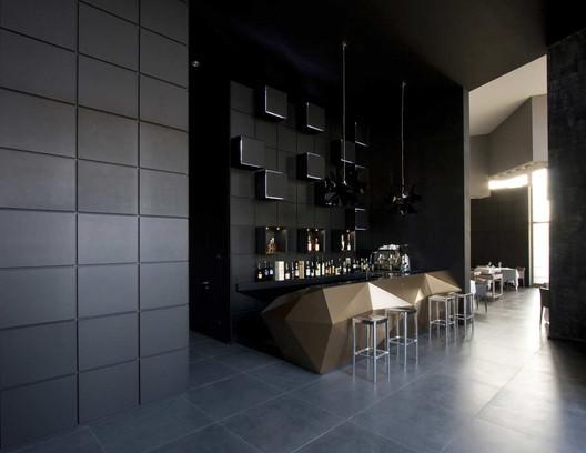 Inkiostro Restaurant / Studio Nove & A2C  ArchDaily