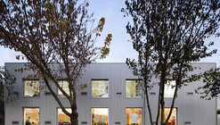 Paredes School Center / Atelier Nuno Lacerda Lopes