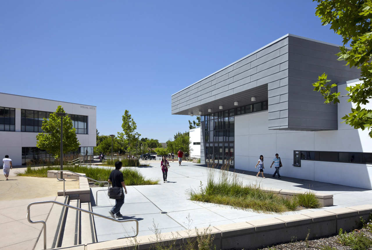 Evergreen Valley College / Steinberg Architects, © Tim Griffith