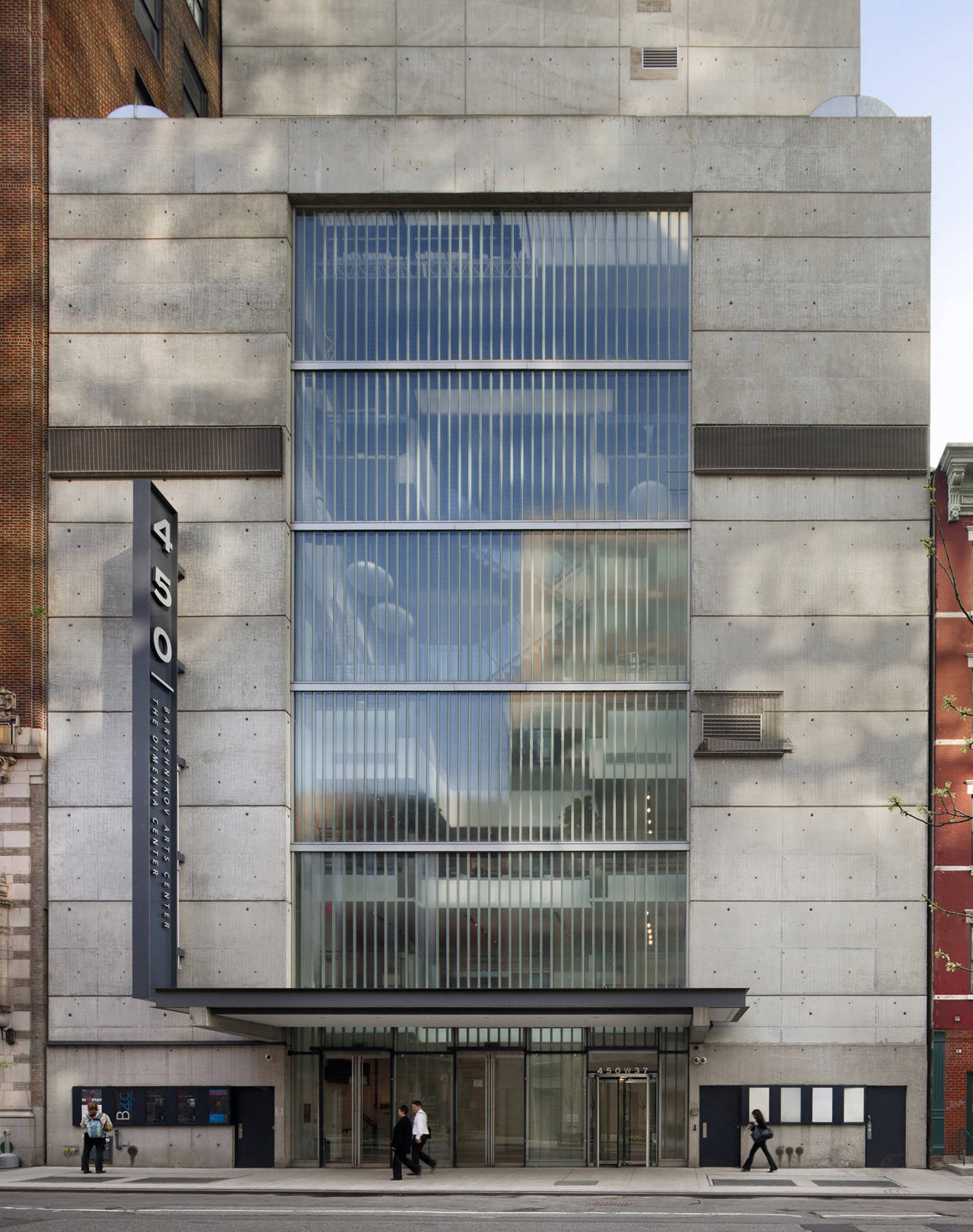 Orchestra Of St. Lukes / H3 Hardy Collaboration Architecture, © Francis Dzikowski – ESTO