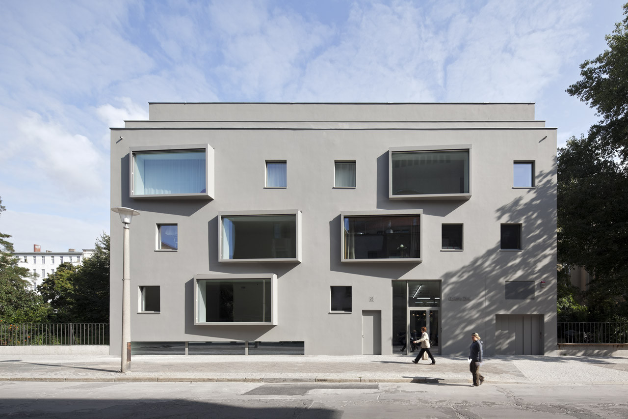 Contemporary building in berlin bco architekten archdaily - Architekten in berlin ...