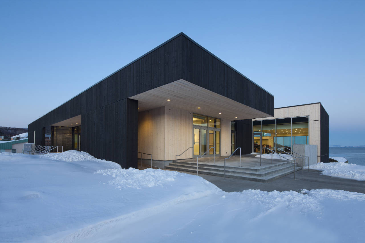 Conan Library and City Hall of Ville de La Malbaie / acdf* + Bisson + Desganés Architectes in Consortium, © Stéphane Groleau