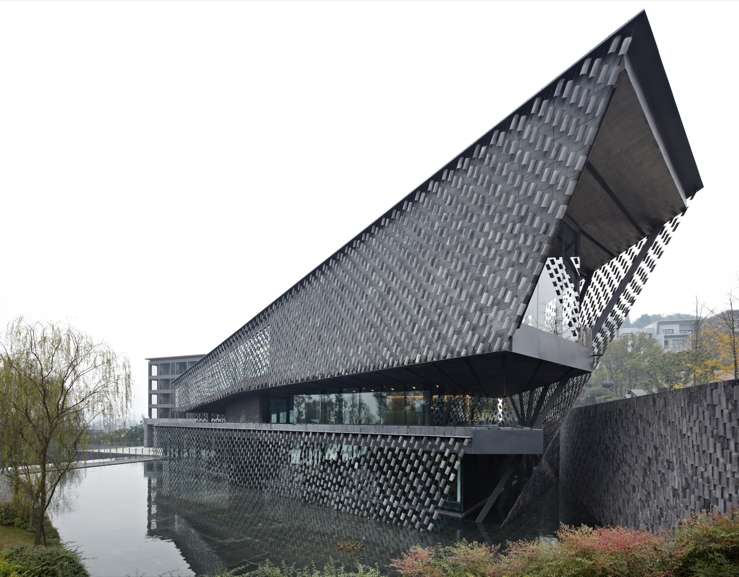 Xinjin Zhi Museum / Kengo Kuma & Associates, Courtesy of  kengo kuma & associates