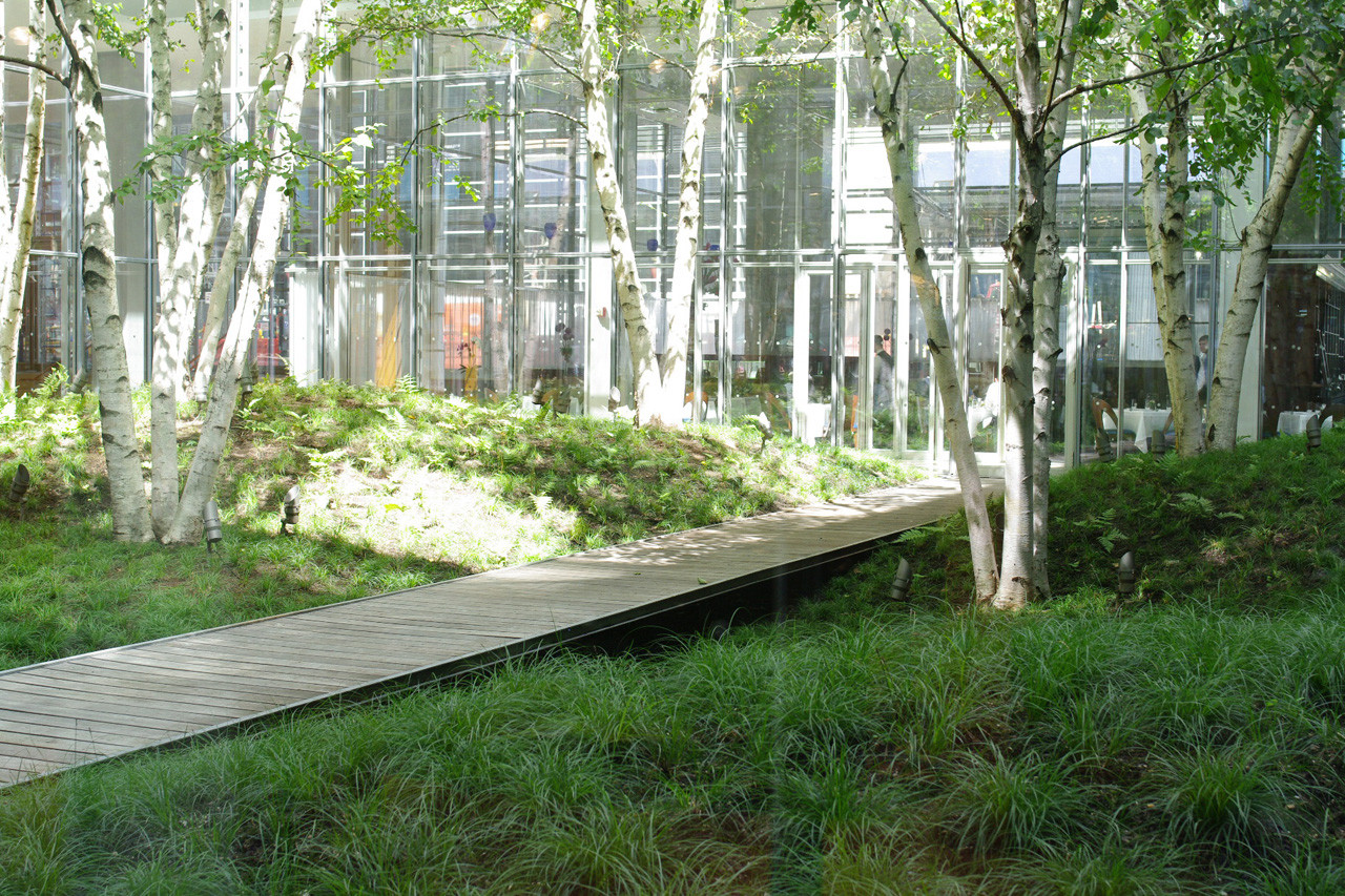 Gallery of the new york times building lobby garden hm for Landscape design new york