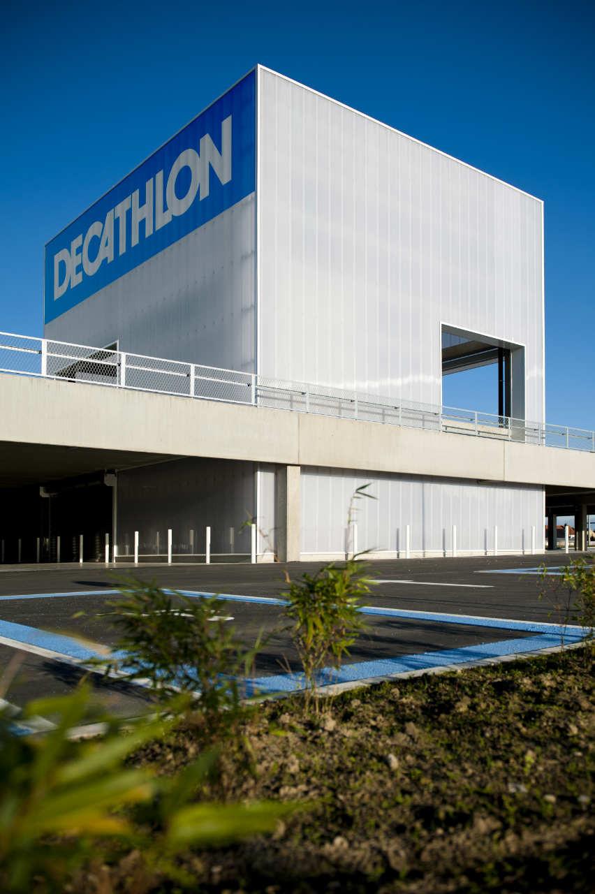 Decathlon Roeselare / BURO II + ARCHI+I