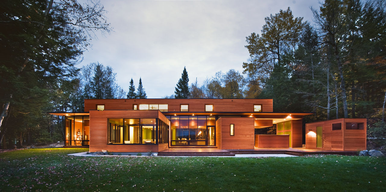 Hurteau-Miller Cottage / Kariouk Associates, © Photolux Studios, Christian Lalonde