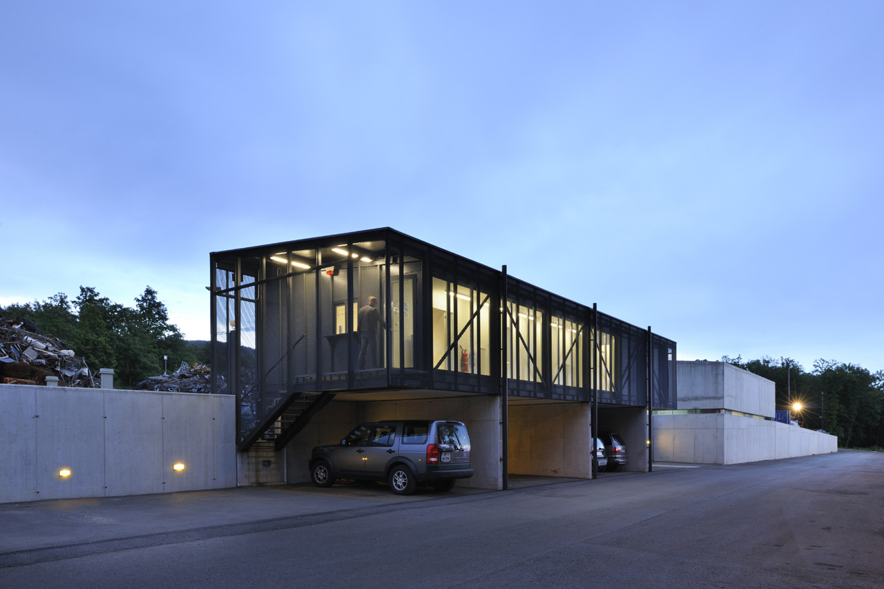 Metal Recycling Plant / Dekleva Gregoric arhitekti, © Miran Kambic