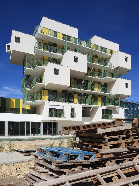gallery of 28 social housing in paris koz architectes 3. Black Bedroom Furniture Sets. Home Design Ideas