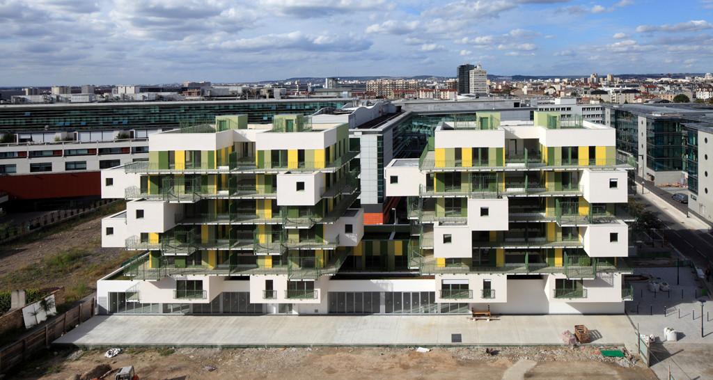gallery of 28 social housing in paris koz architectes 5. Black Bedroom Furniture Sets. Home Design Ideas
