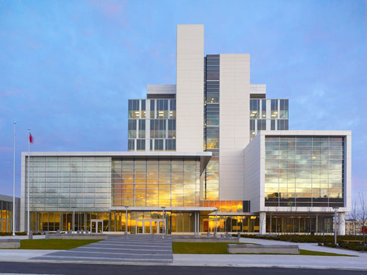 Durham Consolidated Courthouse / WZMH Architects, © Shai Gil