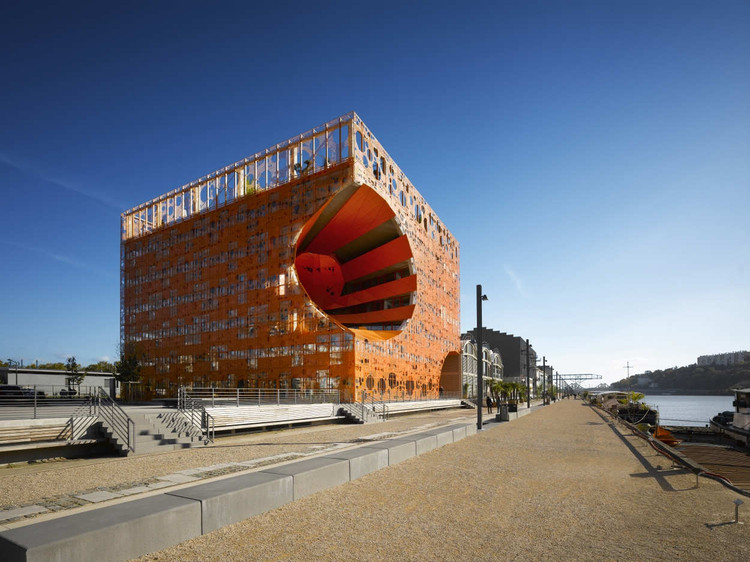 The Orange Cube / Jakob + Macfarlane Architects, © Roland Halbe