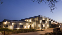 Media Library and Cultural Centre / Barbotin + Gresham Architects