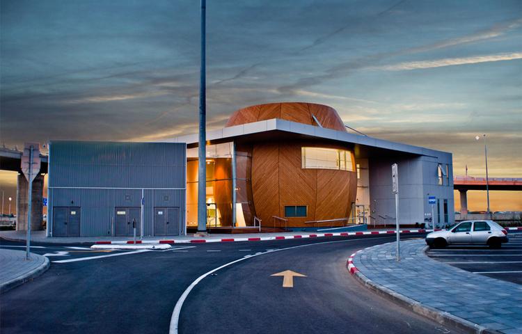 Tel Aviv Fastlane Control and Coordination Center / Amir Mann-Ami Shinar Architects, © Gal Deren