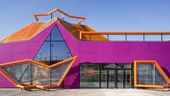 Rivas Vaciamadrid Youth Center / Mi5 Arquitectos