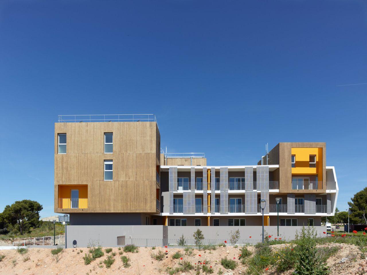Housing Vitrolles / MDR Architectes