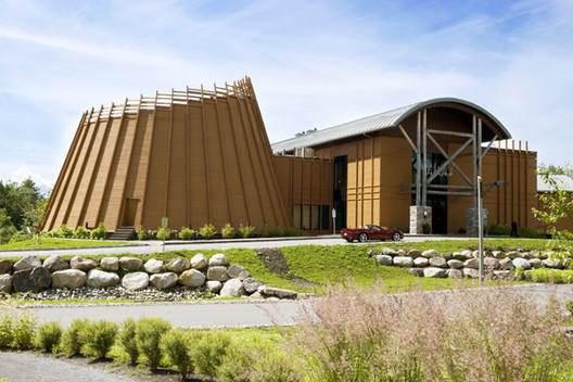 Hôtel-Musée Premières nations / LEMAYMICHAUD Architecture Design, © Pierre Bélanger