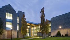 BAC Doering Center / Spillman Farmer Architects