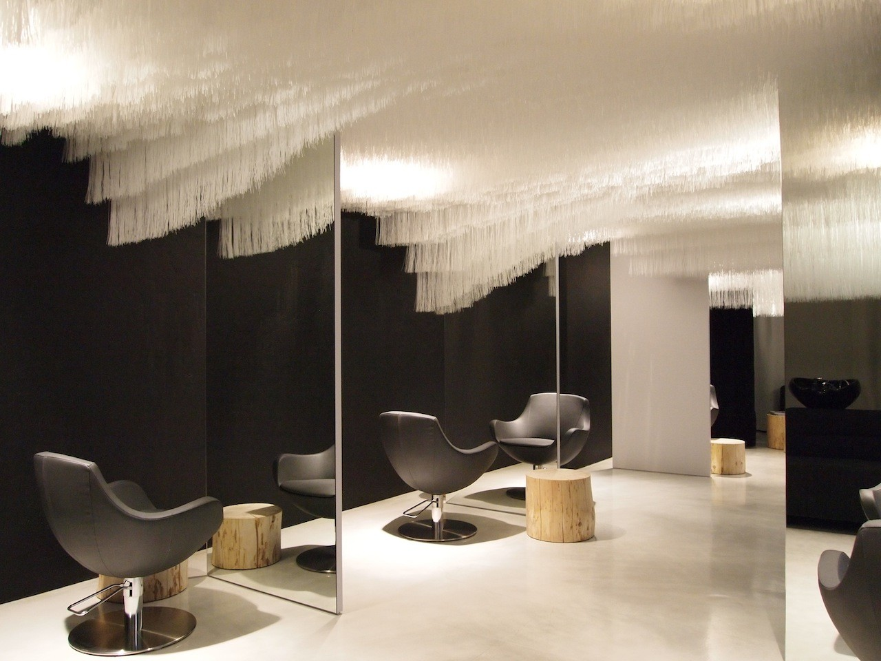 Refurbishment of Boa Hairdresser's Salon / Claudia Meier, © Claudia Meier
