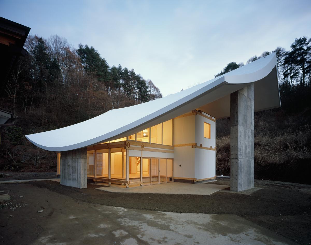 Chushin-ji / Katsuhiro Miyamoto & Associates, © Takumi Ota