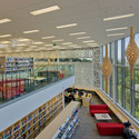 Birkenhead Library and Civic Centre / Archoffice
