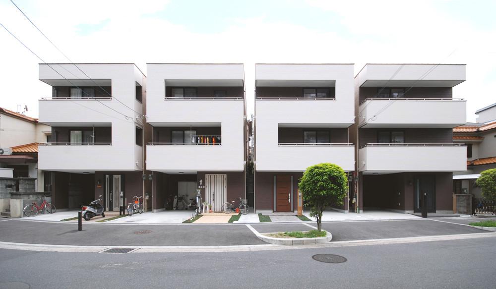 Residence in Hozumidai / Matsunami Mitsutomo