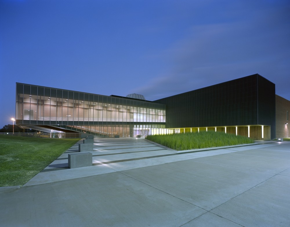 LITE Technology Center / Eskew+Dumez+Ripple + Guidry Beazley Architects, © Timothy Hursley