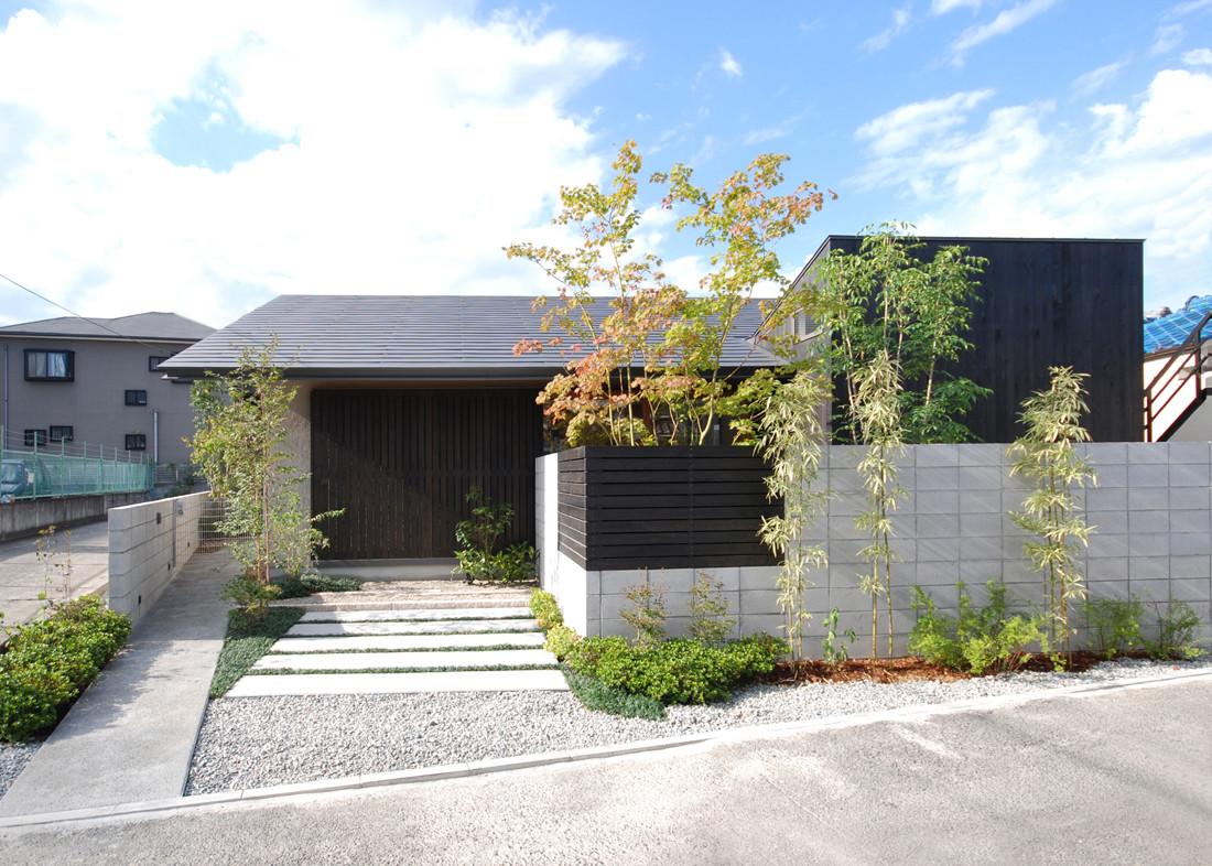 Residence in Tsuruhara / Matsunami Mitsutomo, © Matsunami Mitsutomo