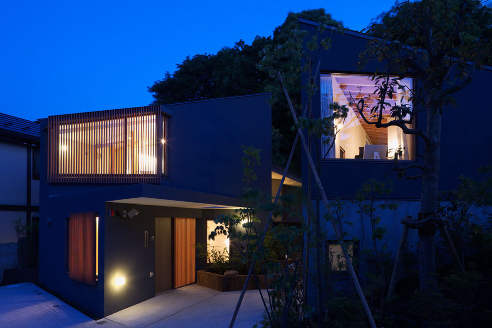 The Two Houses in Kamakura / Cell Space Architects, © Masao Nishikawa