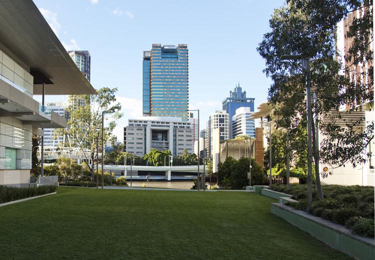 Oficinas Santos Place / Donovan Hill, © Shantanu Starick