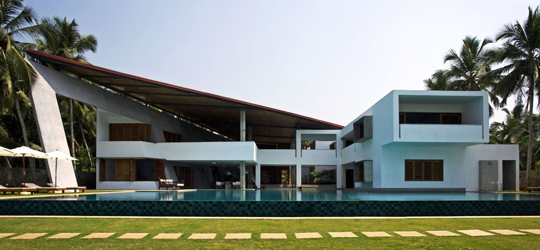 Cliff House / Khosla Associates