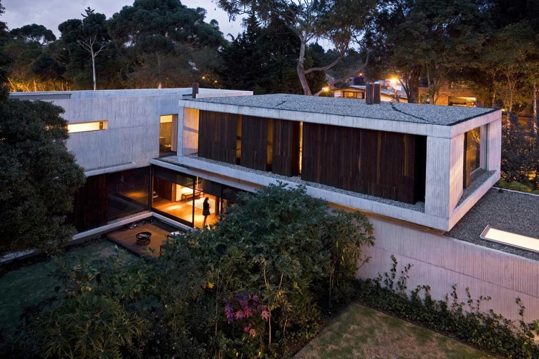 Twin houses mgp arquitectura y urbanismo archdaily for Arquitectura y urbanismo