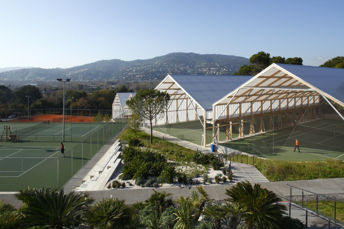 Cannes Tennis Club / Comte & Vollenweider Architectes, © Serge Demailly