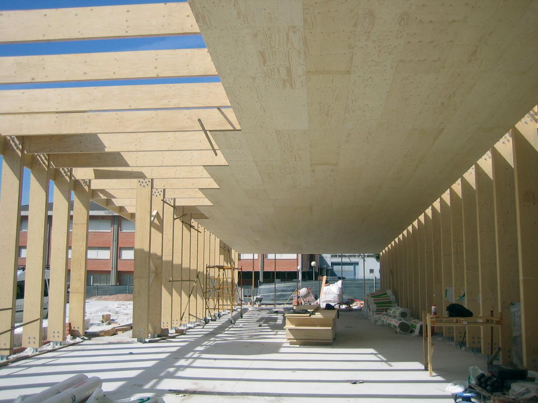 Gallery of school gym 704 h arquitectes 19 for Gimnasio 704 h arquitectes