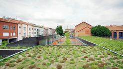 Centro Comunitário de Idosos / F451 Arquitectura