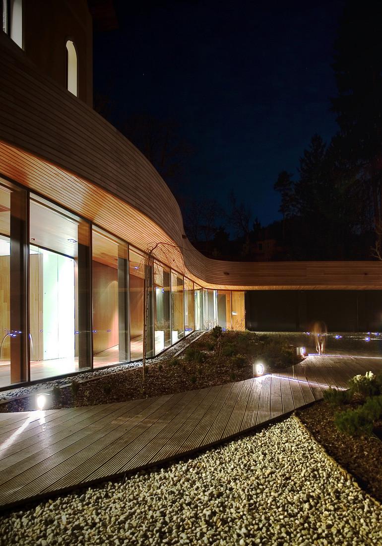 Villa under extension ofis arhitekti archdaily for Ofis arhitekti