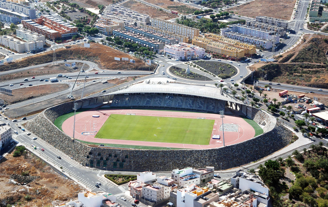 Insular Athletics Stadium / AMP arquitectos