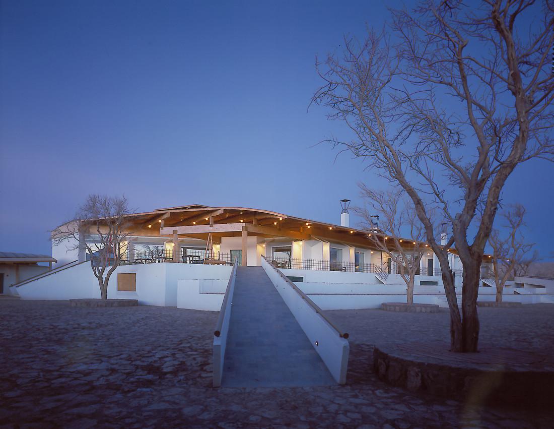 Explora Hotel in Atacama / Germán del Sol